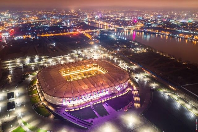 Путин осмотрел стадион «Ростов Арена» с борта вертолета