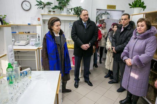 Губернатору было представлено новейшее оборудование, технология и методы контроля качества воды в режиме онлайн.