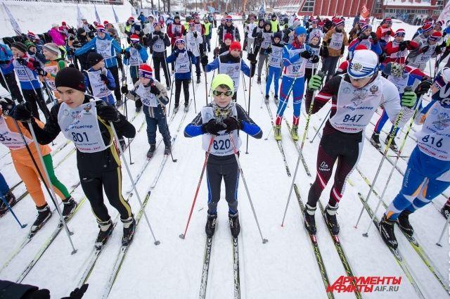 В прошлом году в лыжне приняли участие свыше 3 тысяч человек.