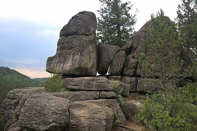 Скальники Олхинского плато.