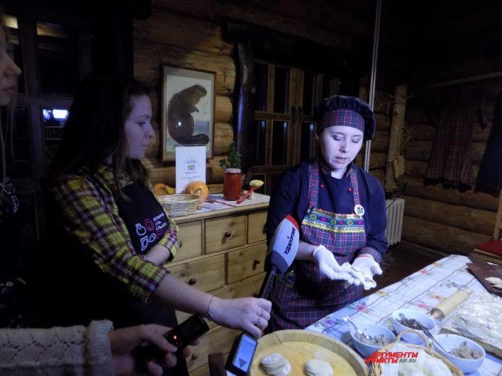 Повара рассказали, как правильно готовить удмуртские пельмени, татарские манты и кундюмы.