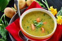 Для приготовления супа в мультиварке овощи не придётся варить и жарить в разной посуде.
