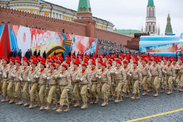 В этом году в планах провести как традиционные мероприятия с участием юнармейцев, например, «Майский вальс», участие в шествии «Бессмертного полка», сборы отрядов движения, так и новые.