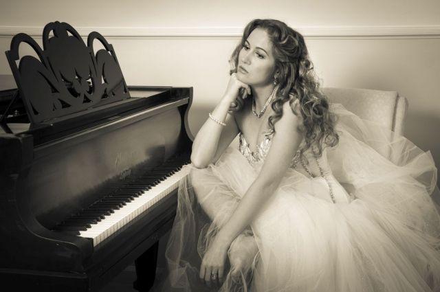 Ольга Орловская - оперная певица, живет в США