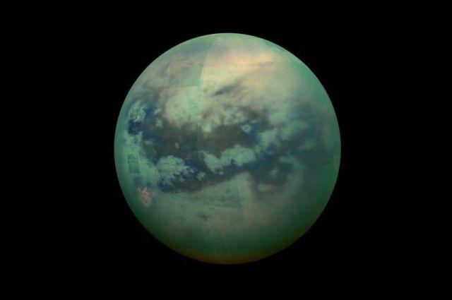 Ученые из NASA нашли признаки существования жизни на спутнике Сатурна
