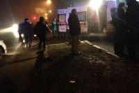 В Николаеве девушка выпрыгнула на ходу из авто: пострадавшая в больнице