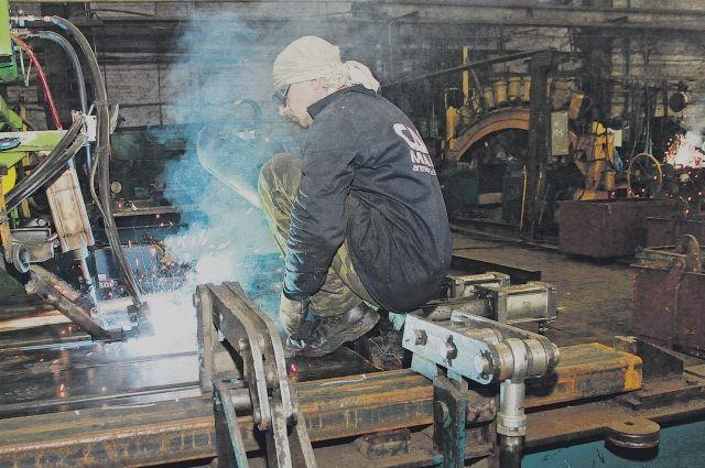 Темпы роста промышленного производства в Алтайском крае за 2017 год превысили средние значения по СФО и России.