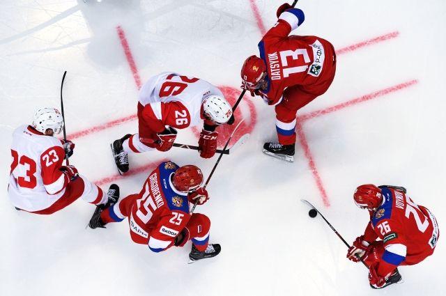 Сборная Российской Федерации одержала победу вматче со«Спартаком» в«Парке Легенд»