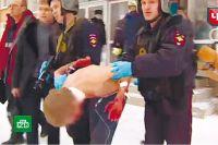 Кадр НТВ с задержания подростка в Перми.