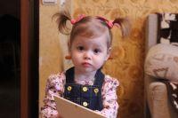 У двухлетней Вики врачи диагностируют астроцитому и рабдомиому — образования по всему головному мозгу и в сердце.