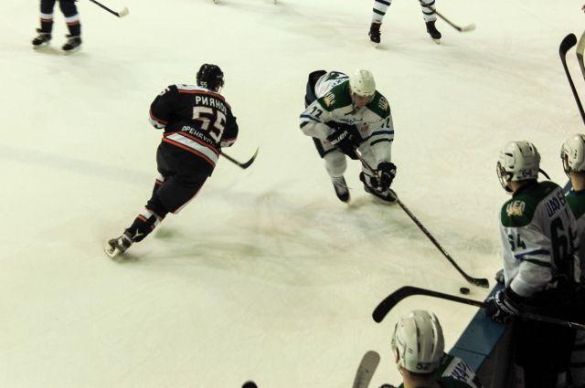 Оренбургские «Сарматы»  проиграли «Толпару» в домашнем матче.