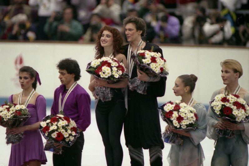 Золотые медалисты Марина Климова и Сергей Пономаренко.