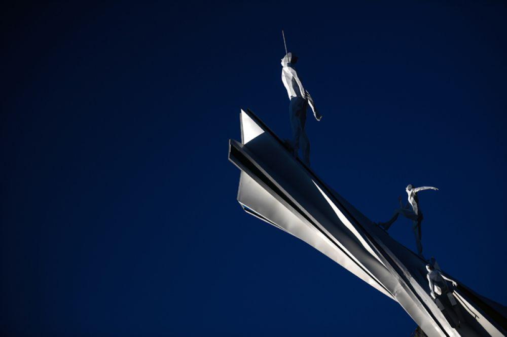 Стела в Олимпийском парке «Альпензия» в Пхенчхане.
