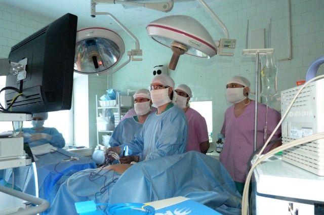 Операция по забору донорского органа длилась два часа.