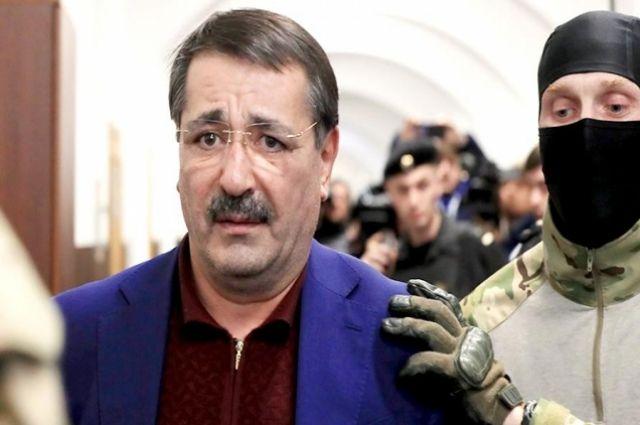 Две квартиры в столице России готовы заложить за«домашний арест» Шамиля Исаева