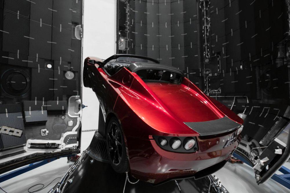 Tesla Rodster.