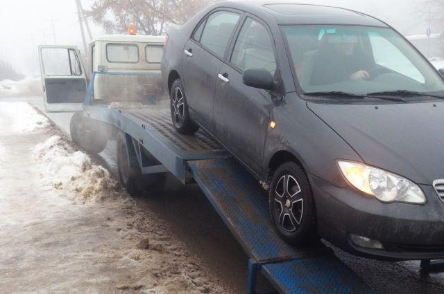К 2021 году восемь тысяч парковочных мест в Челябинске станут платными.