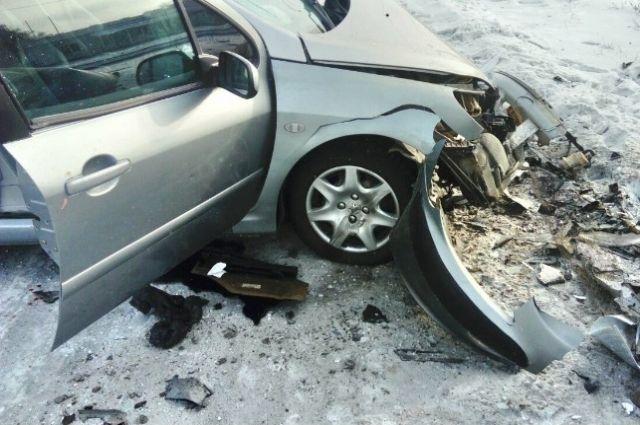В Орске в столкновении двух иномарок пострадали четыре человека.