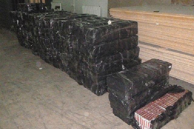 Калининградец пытался тайком вывезти в Литву 22 тысячи пачек сигарет