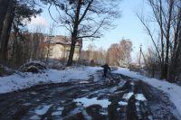 Морозам жители рады: грязи и луж стало немного меньше.