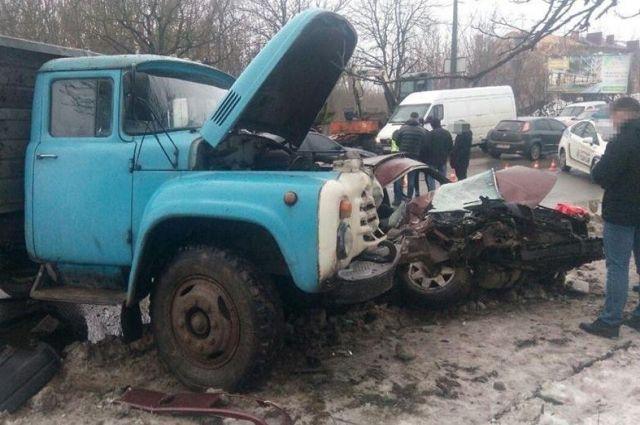 Смертельная авария в Тернополе: есть погибший, пострадал ребенок