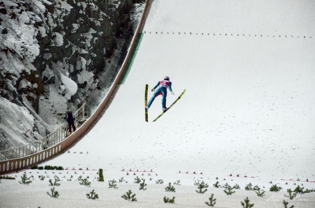 Финал у прыгунов пройдёт 10 февраля.