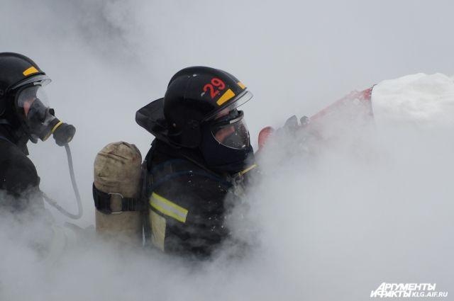 Пожар в банном комплексе под Калининградом тушили 10 часов.
