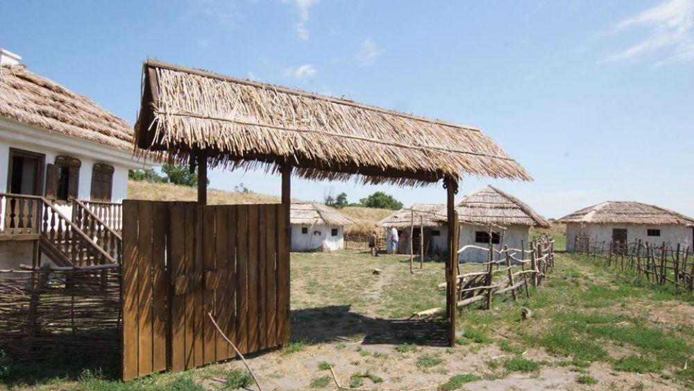 Уникальный комплекс декораций для производства исторических фильмов создан на донской земле.