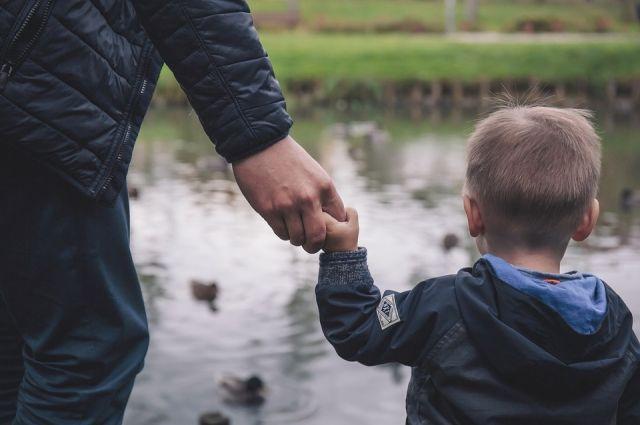 Глава Кемерова поблагодарил горожан, решивших стать приемными родителями.