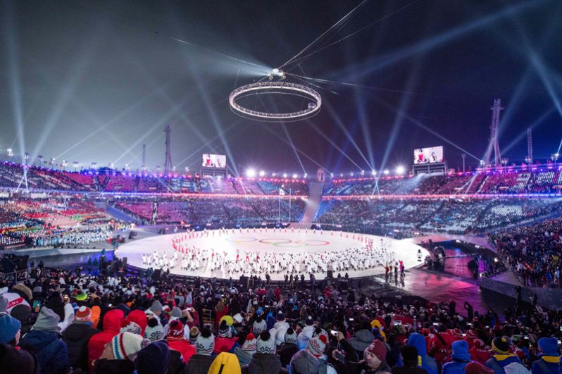 Объединенная сборная Кореи во время церемонии открытия Олимпиады.
