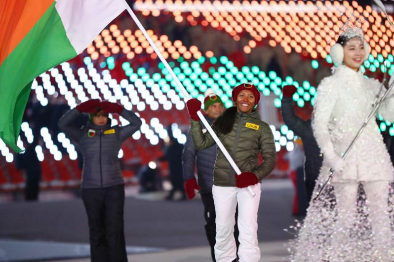 Мадагаскар. Участвовал в зимних Играх только однажды — в 2006 году в Турине. Страну будет представлять спортсменка Мьялитьяна Клерк в горнолыжном спорте.