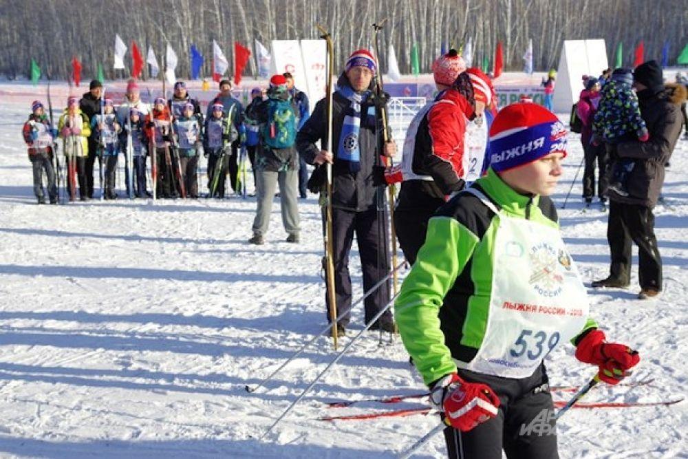 Первые участники показались здесь задолго до соревнований.