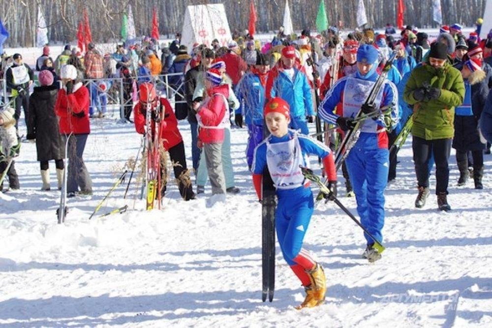 К сожалению, не обошлось без неприятностей  - у некоторых участников ломались лыжи или лыжная палка.