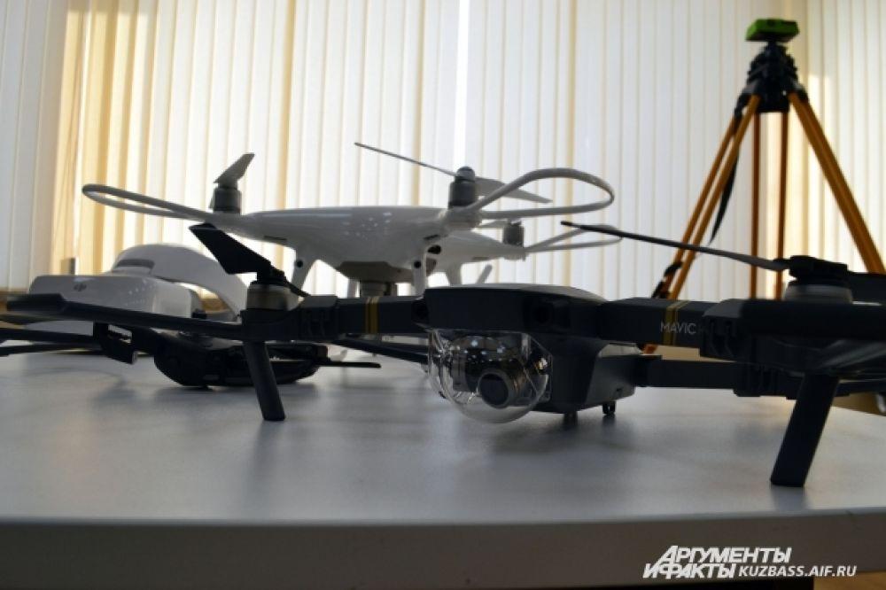 Сейчас дронов в Кузбассе используют в основном спасатели во времена ЧС, чтобы оценить масштаб паводка или лесного пожара.