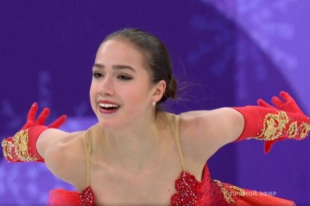 Спортсменка выиграла произвольную программу в турнире, получив 158,08 баллов.