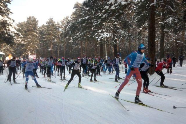 Около 2000 кемеровчан приняли участие в лыжной гонке «Лыжня России».