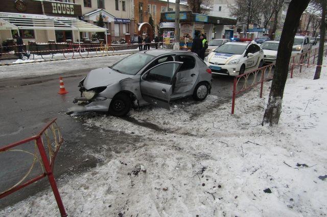 Ламборджини на ленинском 2009 авария водители и пассажир занимались сексуальными ласками