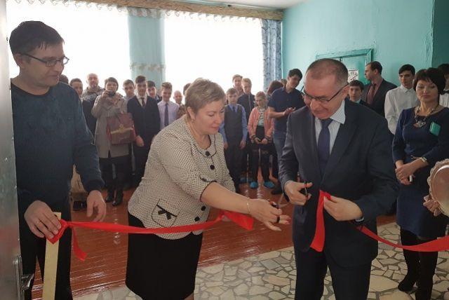 Открытие первого ЦМИТ в Каменке и 17-го в области.