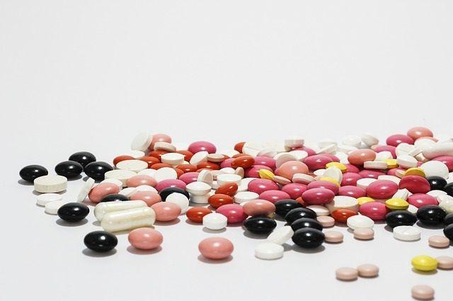 Какие именно таблетки употребляли школьники - не сообщается.