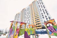 19 этажей добротного ремонта с просторными кладовками и балконами с панорамным остеклением - это дом 62Б по 5-й Парковой.