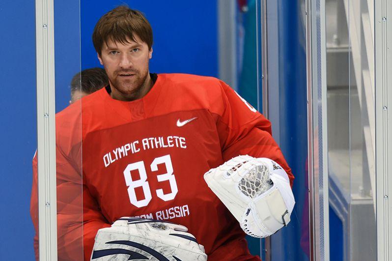 Вратарь: Василий Кошечкин («Металлург» Мг).