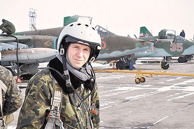 Роман Филипов был асом штурмовой авиации - в воздухе он провёл 1300 часов и совершил 80 боевых вылетов.