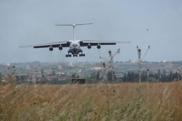 Минобороны РФ опровергло сообщения об атаке на авиабазу «Хмеймим»