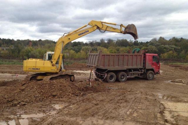 Почти 5 тысяч кубометров мусора предстоит теперь выкопать из земли.
