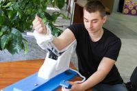 Аппарат для реабилитации лучевого и лучезапястного суставов.