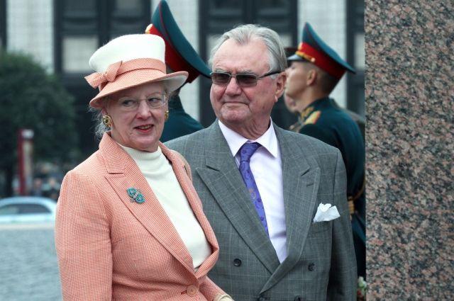 Путин выразил королеве Дании сожаления поповоду смерти еесупруга