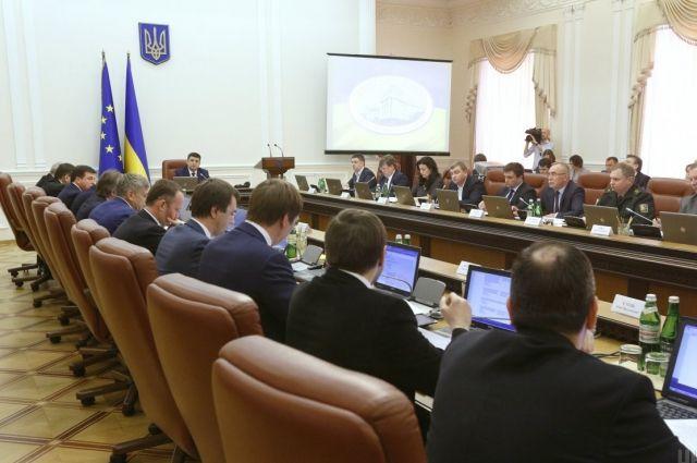 Кабмин: Государство займется поддержкой проектов по созданию рабочих мест