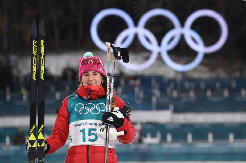 Чуть ранее бронзу в лыжном спринте среди женщин завоевала Юлия Белорукова.
