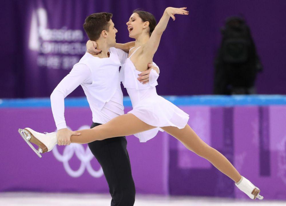 Наталья Забияко и Александр Энберт заняли третью строчку в произвольной программе.