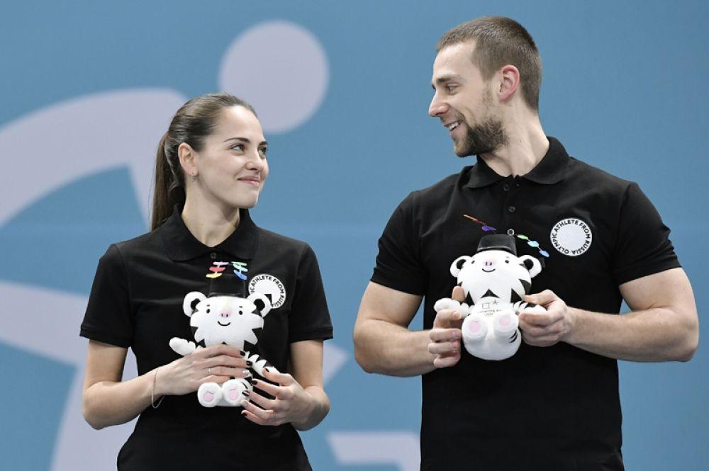 Анастасия Брызгалова и Александр Крушельницкий выиграли матч за третье место на Олимпийских играх в даблх-миксте.